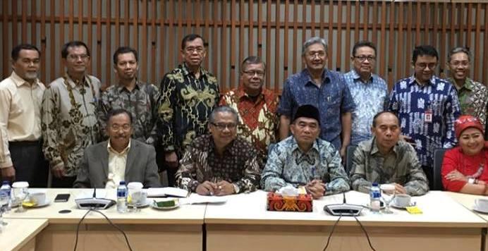 Pendidikan untuk Mencerdaskan Kehidupan Bangsa dan Memajukan Kebudayaam Nasional Indonesia